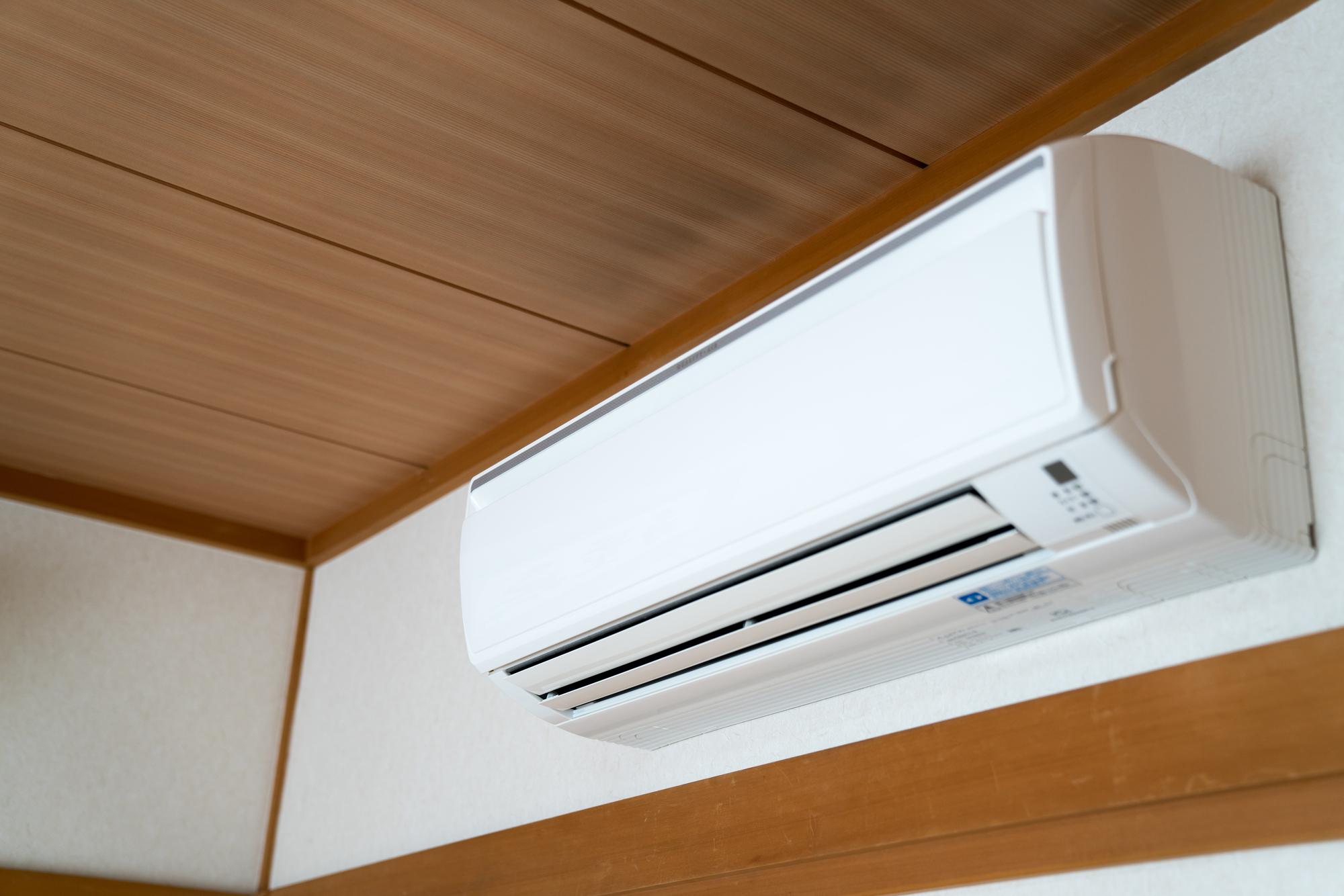 室温調整に便利なエアコン。あなたは使う派?使わない派?